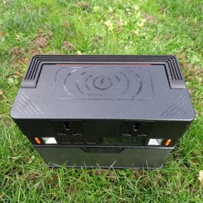 Wireless-Ladung mit der Batterie