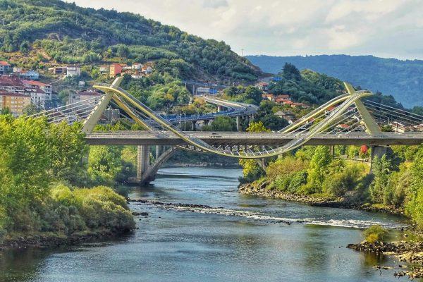 Ponte-do-Milenio